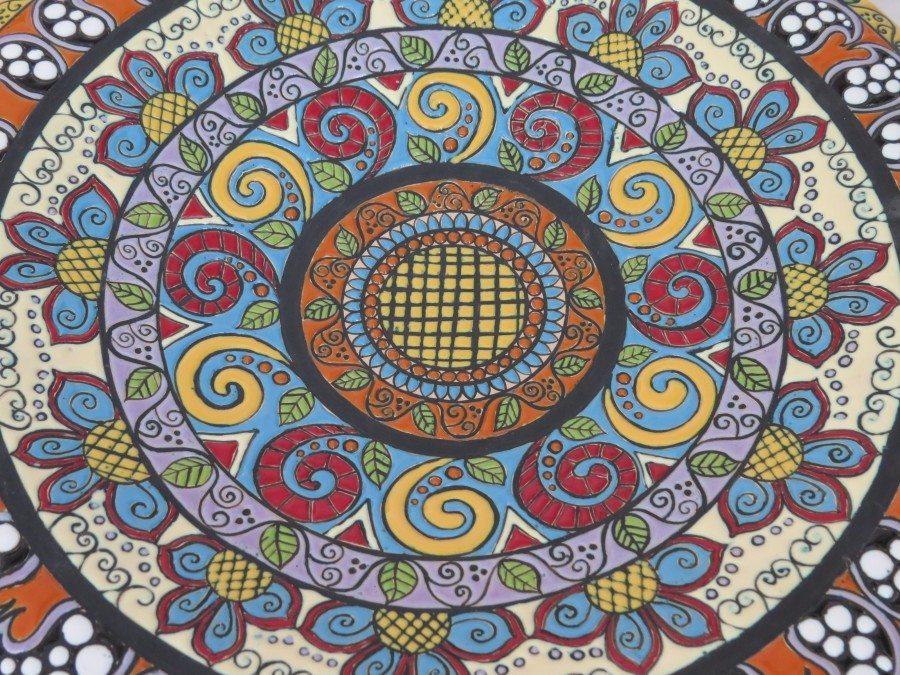 Centrotavola o piatto da muro decorato a mano tecnica fenice, Ceramiche Liberati.