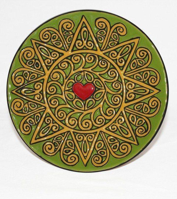 Piatto presentosa da muro, cuerda seca Abruzzo, Ceramiche Liberati