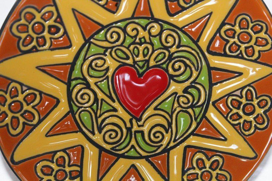 Piatto da muro in ceramica, Presentosa un cuore, Ceramiche Liberati