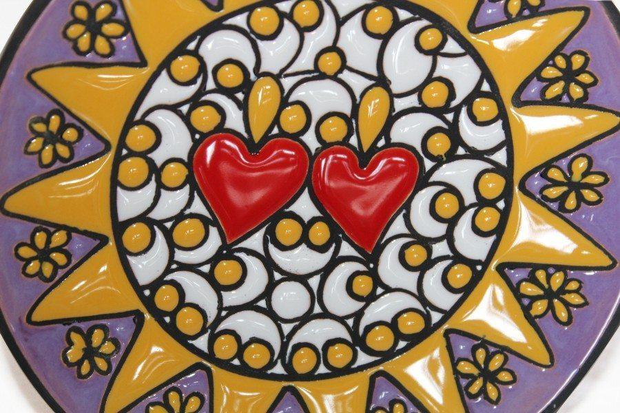 Piatto in ceramica, decoro Presentosa, due cuori, Ceramiche Liberati