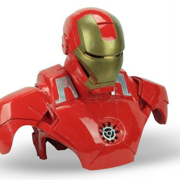 Scultura in ceramica Iron Man modellato a mano, Ceramiche Liberati