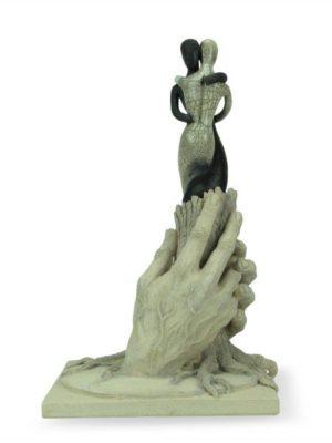 """Scultura a tutto tondo in ceramica italiana """"La Forza"""", realizzata a mano da Lorenzo Liberati, Ceramiche Liberati"""