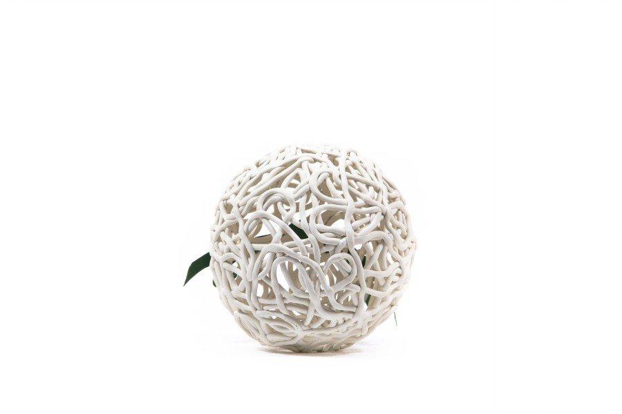 """pallina di Natale in ceramica """"L'intreccio"""" in terracotta bianca, Ceramiche Liberati"""