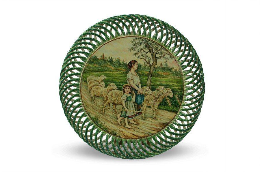La pastorella con gregge, piatto da muro in ceramica, Ceramiche Liberati