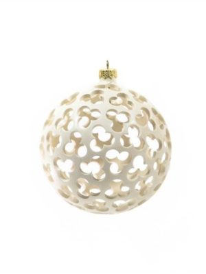 Drilled ceramic, Christmas tree ball, white, diameter 12 cm. Ceramiche Liberati