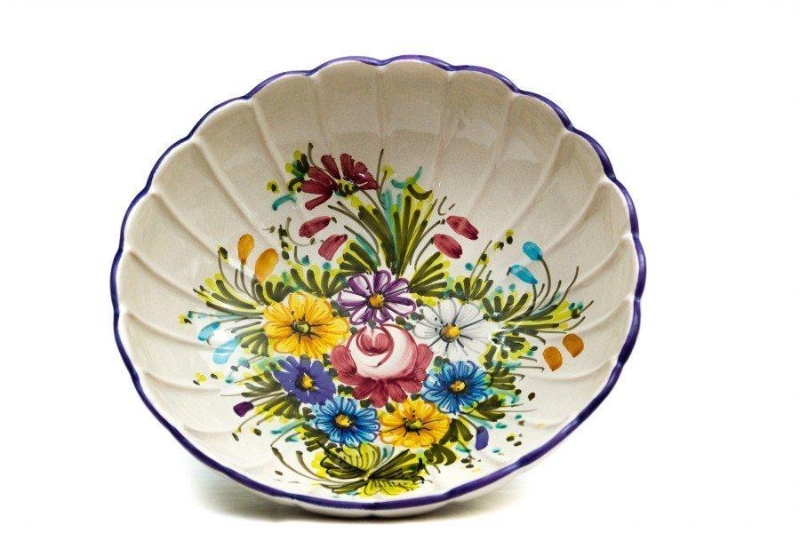 Ciotola fruttiera in ceramica artigianale a coste, decoro Fioraccio di Ceramiche Liberati