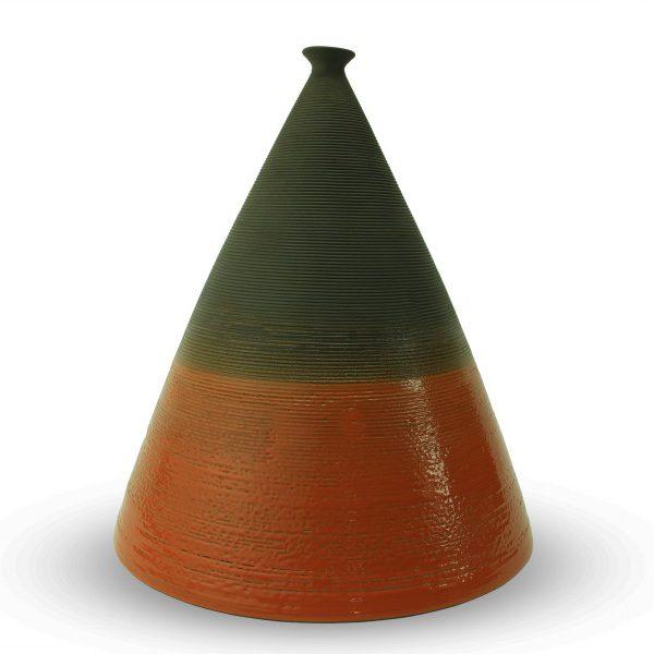 Vaso decorativo Piramide alta in argilla nera, Ceramiche Liberati