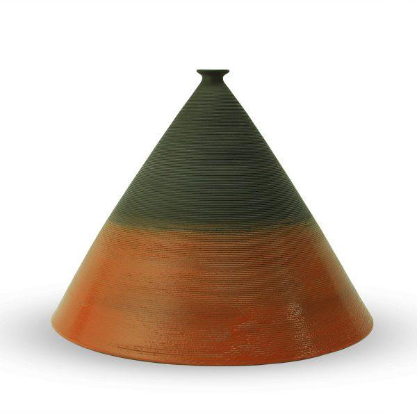 Vaso da design in argilla nera a forma di piramide bassa, Ceramiche Liberati