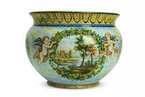 Vaso in ceramica artistica Paesaggio e Puttini dipinto a mano, Ceramiche Liberati