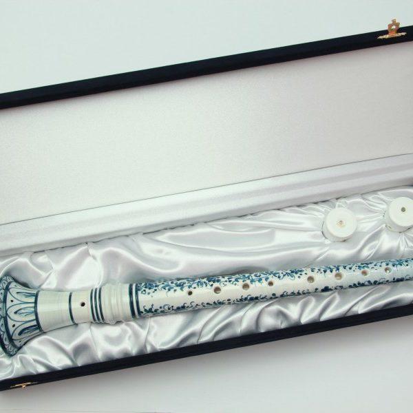 01SMC_Ciaramella in ceramica artiginale decoro arabesco blu in scatola_Ceramiche Liberati