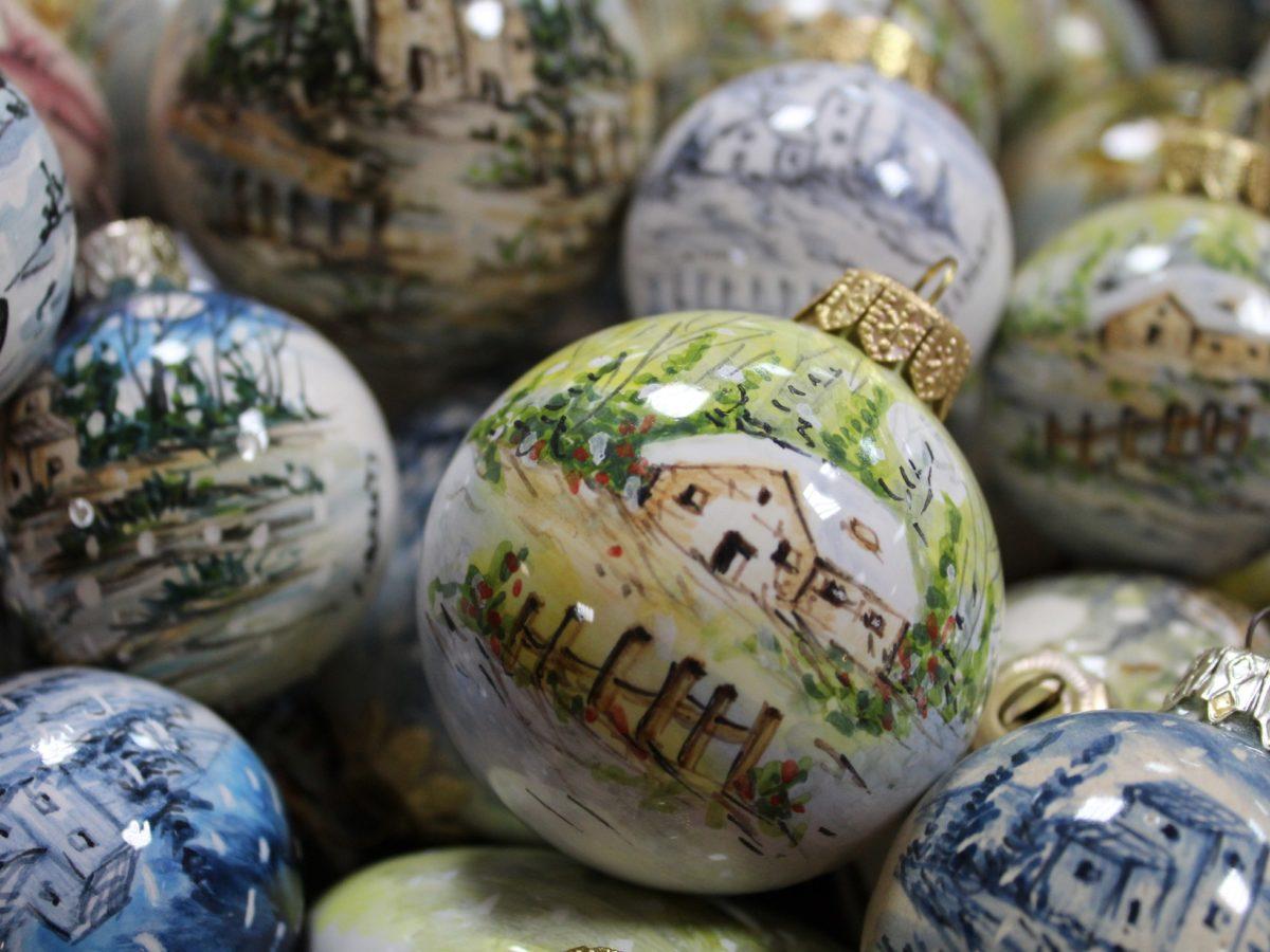 Pallina di Natale personalizzata in ceramica artigianale italiana