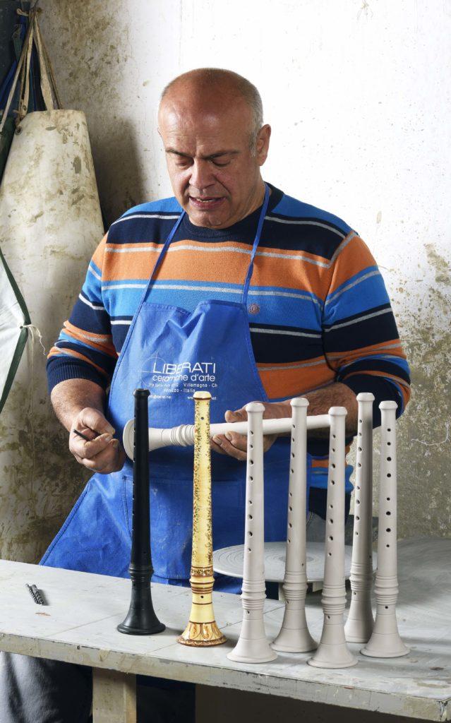 Strumenti musicali natalizi-zampogne e ciaramelle in ceramica_Ceramiche Liberati